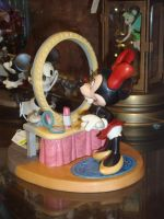 Thoroughly Modern Minnie by itsayskeds