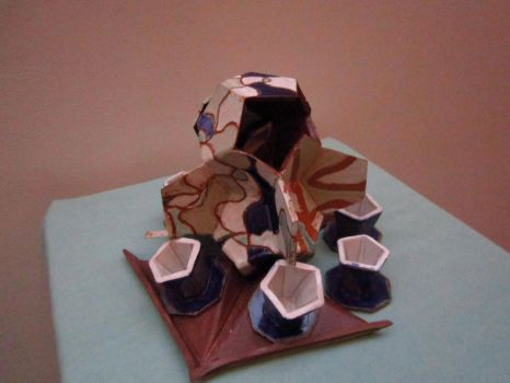 Abstracted Platter and Vase by Ozakul
