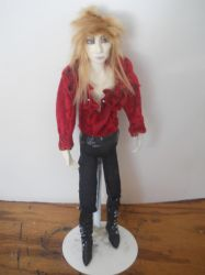 goblin king figure full view by Dollysmith