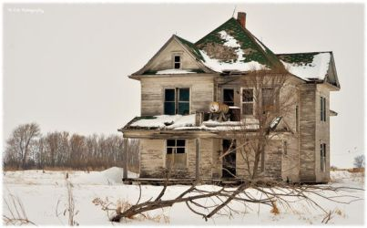 Empty For Years I by erbphotography