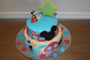 Mickey Mouse Clubhouse Cake by fairielove