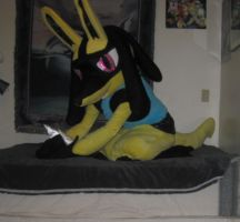 Shiny Lucario Cosplay 4 by LysanderxX