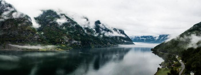 Flam fjord by simsunas