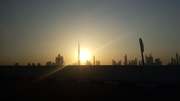 Sunset in Dubai  by FatimaNishanbayeva