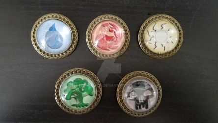 Mana Glass Dome Pins *FOR SALE*