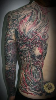 bloody red skull halfback done by 2Face-Tattoo