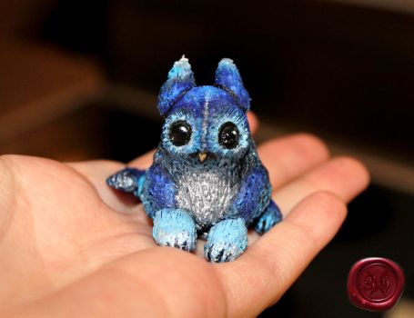 Baby Griffin Figure by TheGraphicRaiders