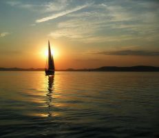 Sailing into the sunset by nviki89