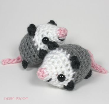 Crocheted Opposums by syppahscutecreations