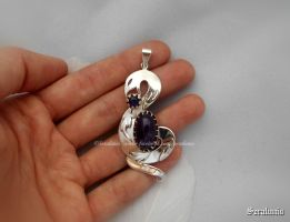 'Deadly kiss', handmade sterling silver pendant by seralune