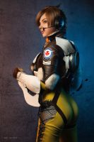 Overwatch - Tracer by MayWolf23