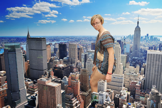 Giantess Ellie Enters the City by dochamps