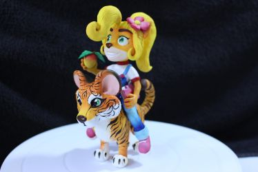 Coco And Pura Scupture by SophieXSmith