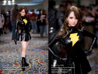 Mary Marvel at Dragoncon by Riddle1