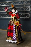 Queen of hearts - Madness by SaaraZ