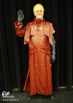 Vash the Stampede Cosplay - Front by Onyria-mode