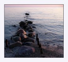 Some morning stones at the sea by jchanders