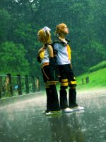 Rin and Len: Miracle? by Huzafan