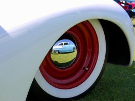 Reflection of a 1955 Chevy by Partywave