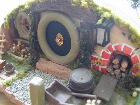 My Hobbit house sculpture by ChrisWeyer