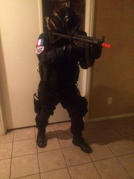 Milsim cosplay: GIGN French CTU MP5k by Demon-Lord-Cosplay