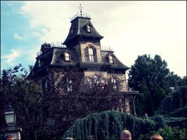 Addams family's house by Ioyo-me