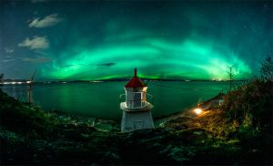 Panorama of northern lights from Trondheim, Norway by lashrasch