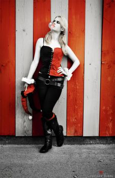 Harley Quinn - Who cares? by FioreSofen