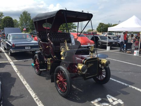 1906 Cadillac by iannathedriveress