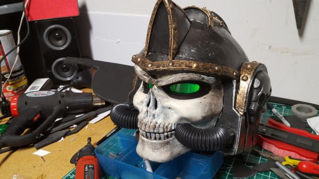 WIP:  WH40K Black Templar Chaplain Helmet by Bag-of-hammers