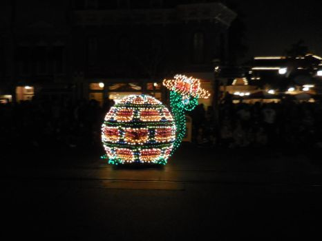Main Street Electrical Parade: Turtle With a Hat by FlowerPhantom