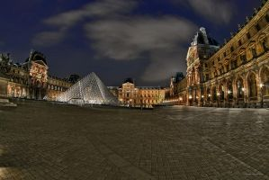 Louvre Reloaded I by Aerostylaz