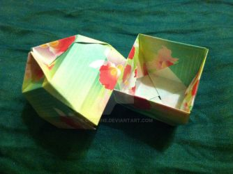 Tiny Origami Bowl Box by Omaline