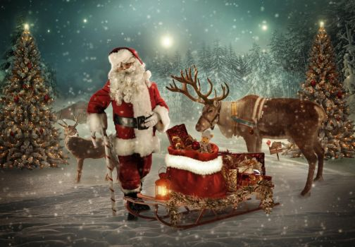 Santa is on his Way by charmedy