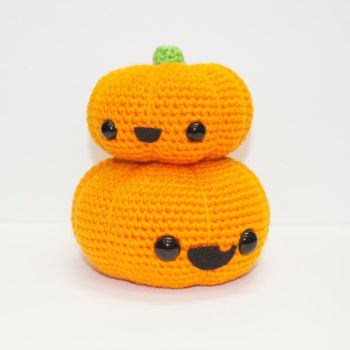 Stacked Pumpkins by Heartstringcrochet
