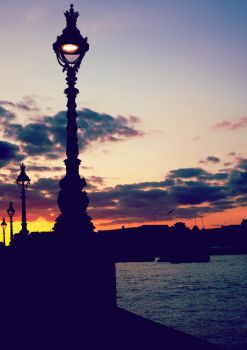 London Dusk by shhhhh-art