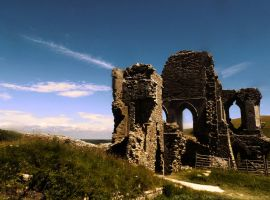 Corfe Castle 2 by dramaticpeanut