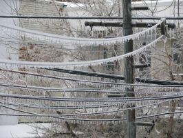 Verglas 3 - ice on wire by AnneLaureJousse