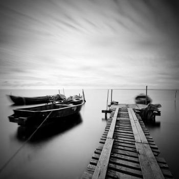 fishing boats by himons