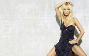 elisha cuthbert by floppe