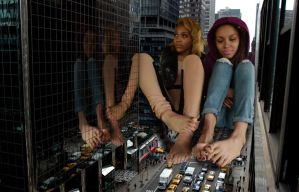 2 Giantess girls in NYC by lowerrider