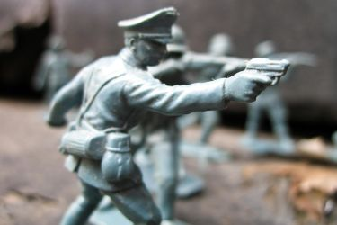 Toy Soldiers by Spinneyhead