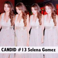 Candid #13 Selena Gomez by SMILERMICHELY