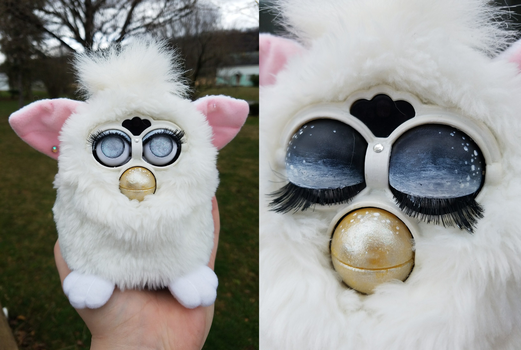 Customized Furby by remivalism