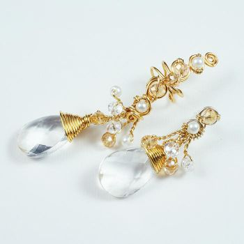 Glass and Gold colored Ear Cuff Set by Gailavira