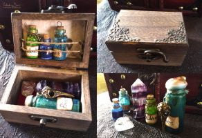 Tiny alchemy box by NimphradorasOddities