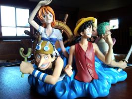 One Piece Bookends Luffy+Usopp by l3xxybaby