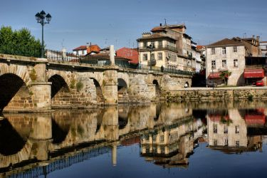 Roman Bridge at Chaves, Portugal by vmribeiro