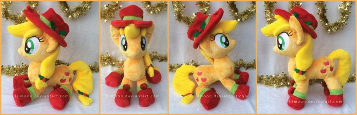 Giveaway: Holly Jolly Applejack by LiLMoon