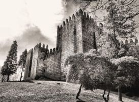 Guimaraes Castle in Portugal by vmribeiro
